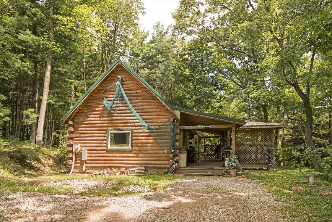Pet friendly cabins at hocking hills in ohio Getawaycabins com