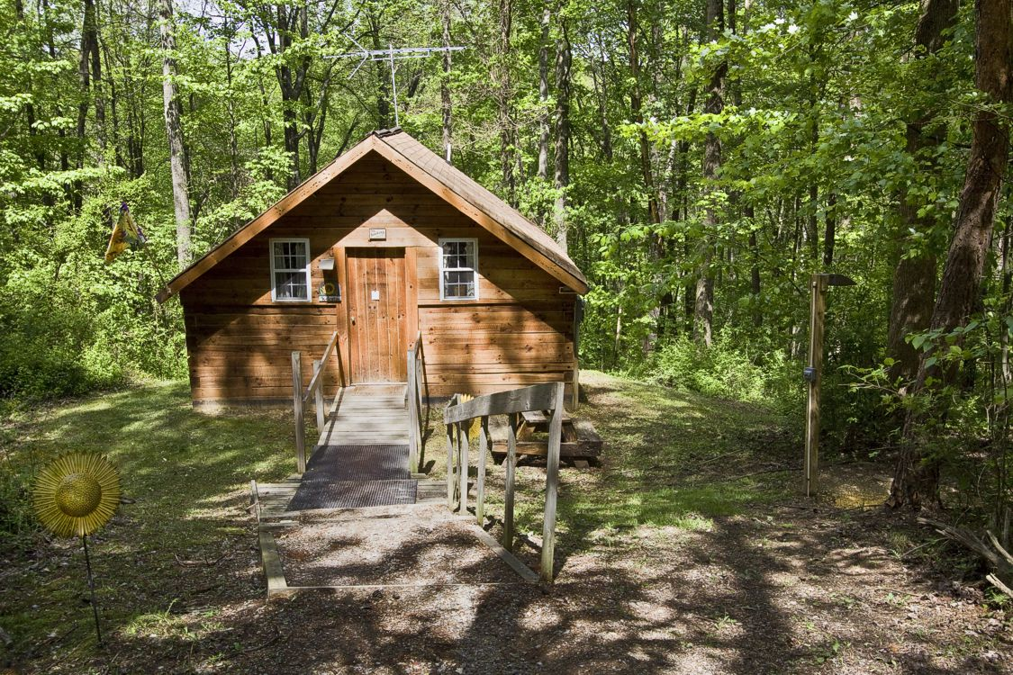 Romantic Cabins for two in the Hocking Hills