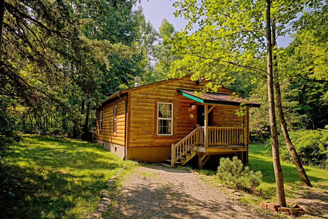 Two 2 bedroom pet friendly cabin in hocking hills ohio Getawaycabins com