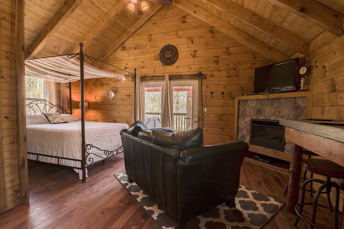 pond beach luxury cabins conservation in s pet the friendly bed property ha no home hills image hocking deal yards private neighbors with from cabin area