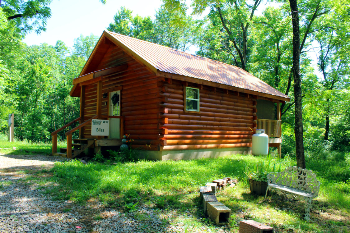 Romantic 2 person cabin getaway in hocking hills pet Getawaycabins com